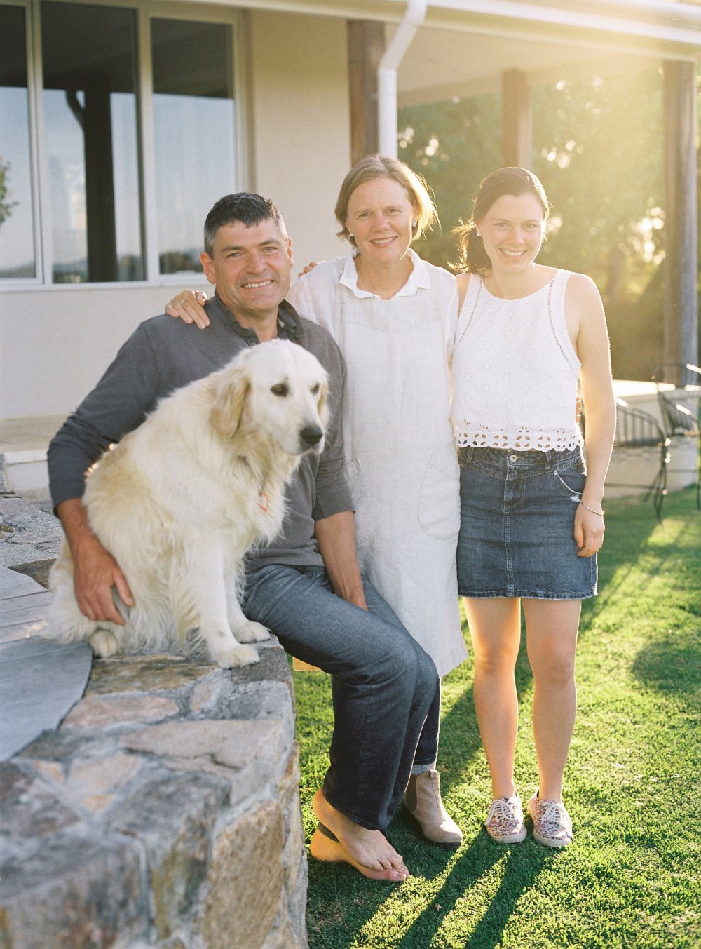 ic of family and dog